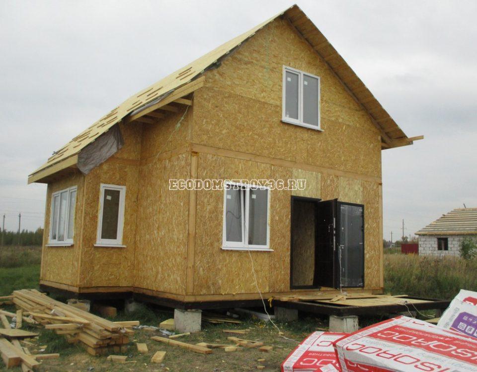 Фото дома из СИП панелей в Хлевном